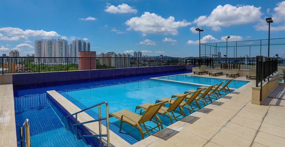 dp_suit_piscina